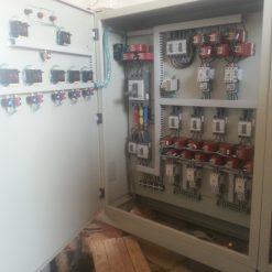 Tủ điều khiển và bảo vệ
